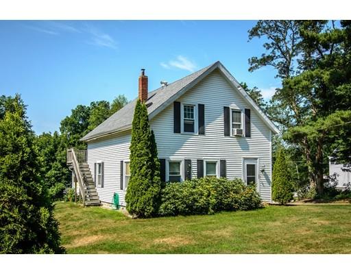 Maison avec plusieurs logements pour l Vente à 66 Old Common Road Auburn, Massachusetts 01501 États-Unis