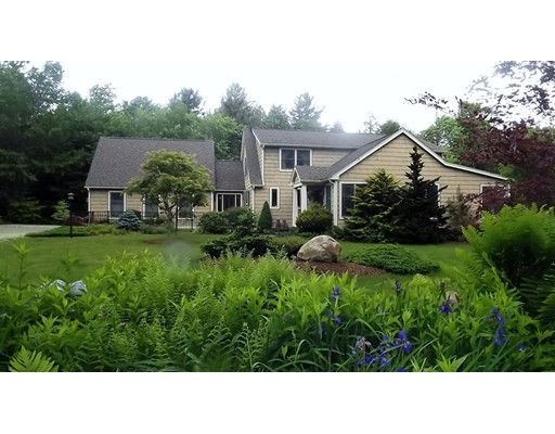 Single Family Home for Sale at 101 Ingell Road Chester, Massachusetts 01011 United States
