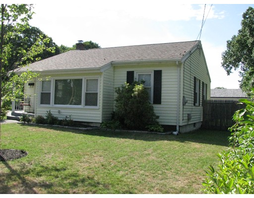 759  Pendleton Ave,  Chicopee, MA