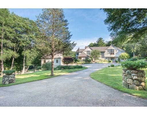 Частный односемейный дом для того Продажа на 114 Larch Row Wenham, Массачусетс 01984 Соединенные Штаты