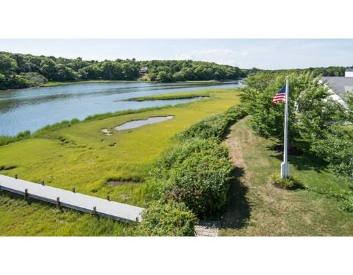 独户住宅 为 销售 在 251 Bay Lane 巴恩斯特布, 马萨诸塞州 02632 美国