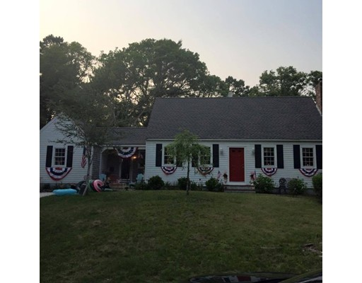 Single Family Home for Rent at 28 Wampum Road 28 Wampum Road Falmouth, Massachusetts 02536 United States