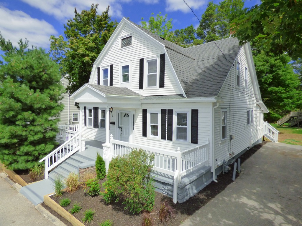 $479,900 - 5Br/3Ba -  for Sale in Weymouth