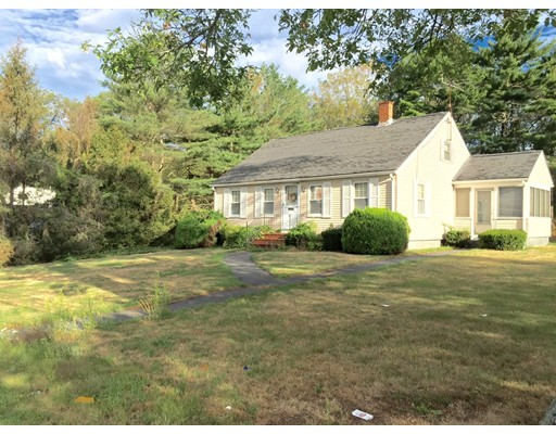 Single Family Home for Sale at 297 Winthrop Street Taunton, 02780 United States