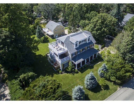 Casa Unifamiliar por un Venta en 27 Hatch Road 27 Hatch Road Tisbury, Massachusetts 02568 Estados Unidos