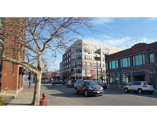 51 Lafayette Street, #208