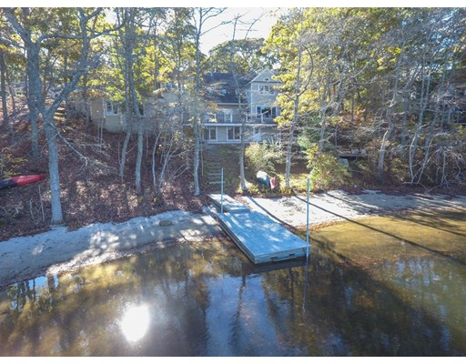 Additional photo for property listing at 136 Fells Pond Road  Mashpee, Massachusetts 02649 United States