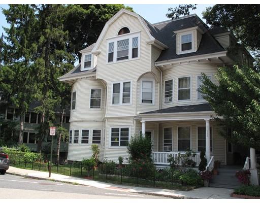 Apartamento por un Alquiler en 384 Arborway 384 Arborway Boston, Massachusetts 02130 Estados Unidos