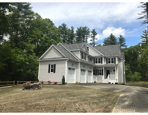 Single Family Home for Sale at 248 Warren Street West Raynham, Massachusetts 02767 United States