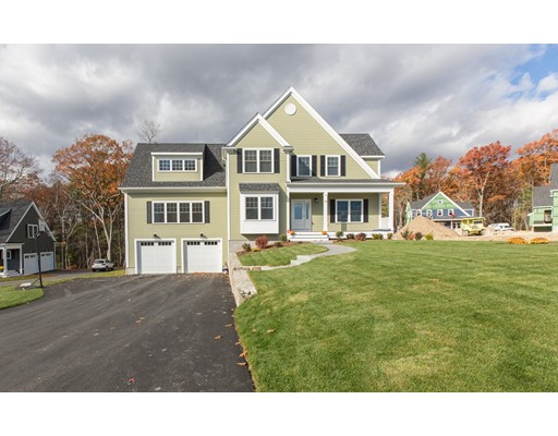 Single Family Home for Sale at 91 Tamarack Road Dracut, Massachusetts 01826 United States