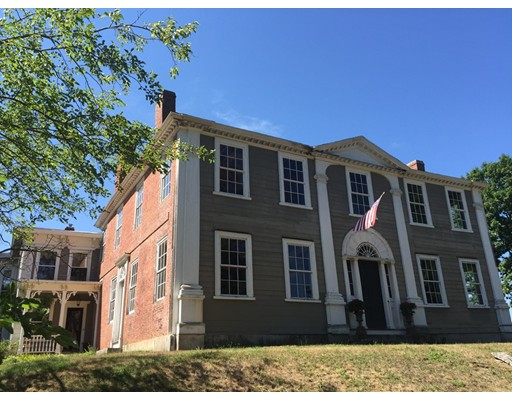 Single Family Home for Sale at 10 Worthen Street Chelmsford, Massachusetts 01824 United States