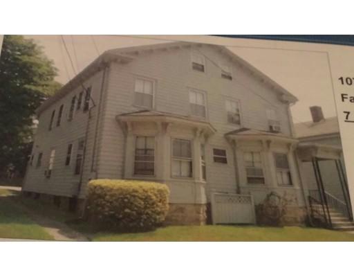 Maison avec plusieurs logements pour l Vente à 107 Winter 107 Winter Fall River, Massachusetts 02720 États-Unis