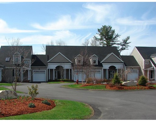 Condominio por un Venta en 205 Meadow Lane Randolph, Massachusetts 02368 Estados Unidos