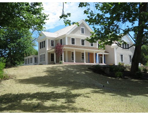 Single Family Home for Sale at 195 Streetandish Street Duxbury, Massachusetts 02332 United States