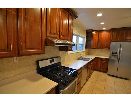 Additional photo for property listing at 547 Talbot Avenue  Boston, Massachusetts 02124 Estados Unidos