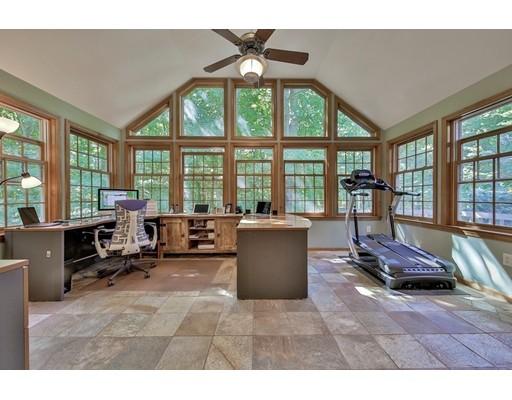 Частный односемейный дом для того Продажа на 9 Stagecoach Road Princeton, Массачусетс 01541 Соединенные Штаты