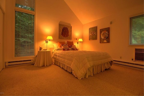 Photo #11 of Listing 830 Moberg Rd