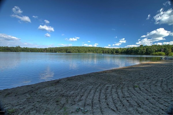 Photo #19 of Listing 830 Moberg Rd