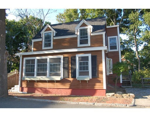 5  Bromfield Ct,  Newburyport, MA