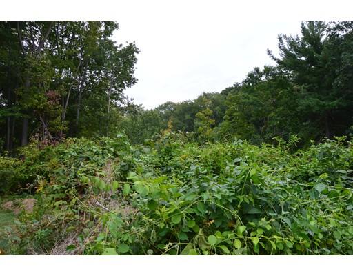 土地 为 销售 在 oregon Road 绍斯伯勒, 马萨诸塞州 01772 美国