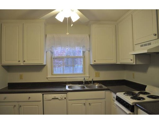 456  Cold Spring,  West Springfield, MA