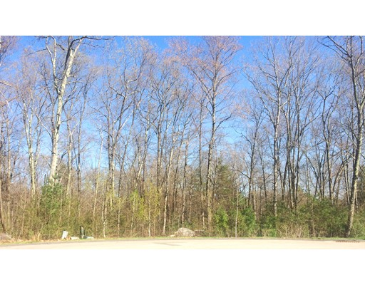 Additional photo for property listing at 4 Gervais Way  Uxbridge, Massachusetts 01569 Estados Unidos