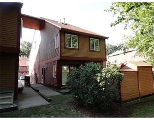 Condominio por un Venta en 49 Meadow Pond Drive Leominster, Massachusetts 01453 Estados Unidos