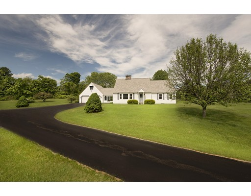 Single Family Home for Sale at 540 Main Road 540 Main Road Monterey, Massachusetts 01245 United States