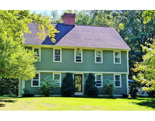Casa Unifamiliar por un Venta en 125 Burbank Road Ellington, Connecticut 06029 Estados Unidos