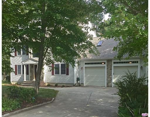 Casa Unifamiliar por un Venta en 10 Cross Road Dartmouth, Massachusetts 02747 Estados Unidos