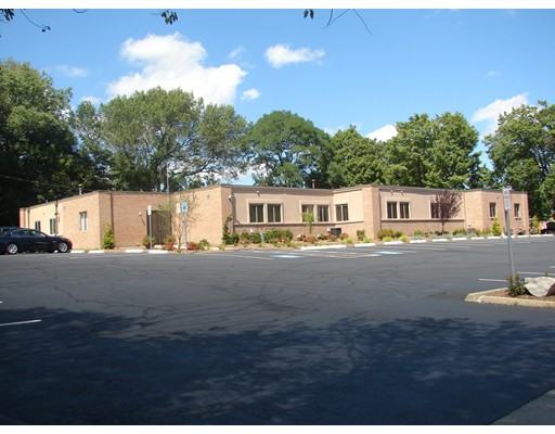 Commercial للـ Rent في 7 smith Avenue 7 smith Avenue South Yarmouth, Massachusetts 02664 United States
