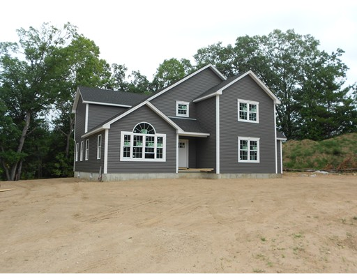 Single Family Home for Sale at 2 Halons Way Southampton, Massachusetts 01073 United States