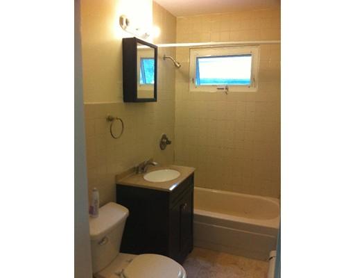 Maison accolée pour l à louer à 238 Adams #0 238 Adams #0 Newton, Massachusetts 02458 États-Unis