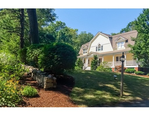 Thissell St is a similar priced home to 20 Thissell St in Beverly Ma