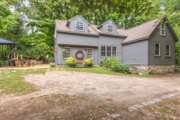 Homes For Sale In North Reading Ma Redfin