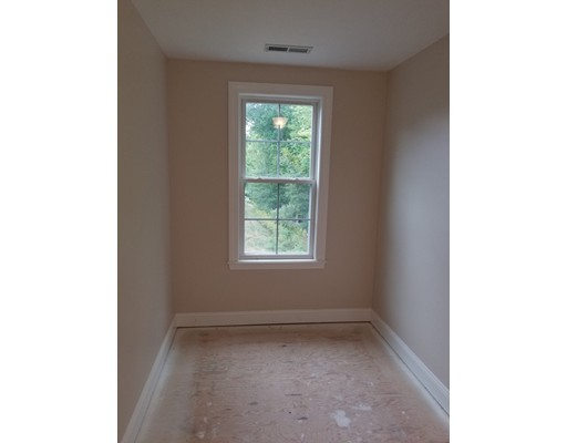 27 SHADOW CREEK LN 12, Ashland, MA, 01721