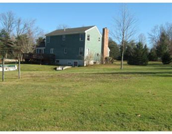 Photo #2 of Listing 281 W Townsend Rd