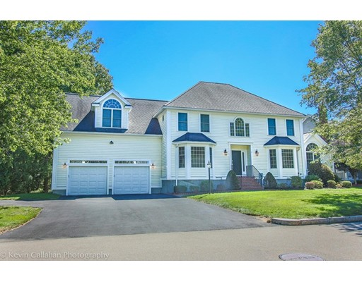 Single Family Home for Sale at 7 Brook Meadow Circle Framingham, Massachusetts 01701 United States