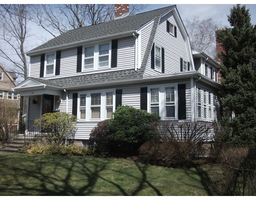 Single Family Home for Rent at 214 Adams Avenue Newton, Massachusetts 02465 United States