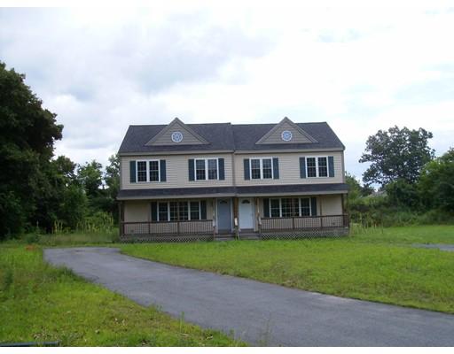 土地 为 销售 在 71 Burgess Street Attleboro, 马萨诸塞州 02703 美国