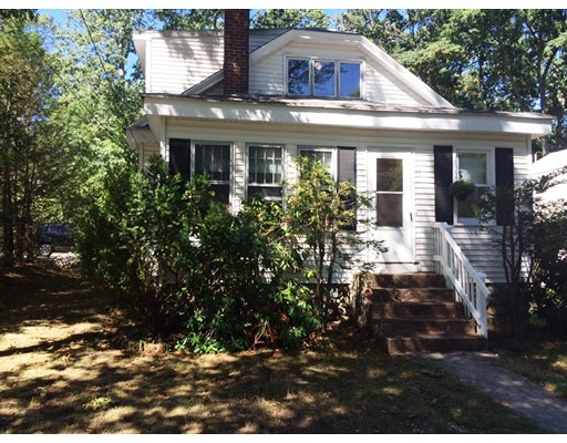 Single Family Home for Sale at 17 Lookout Avenue Natick, Massachusetts 01760 United States