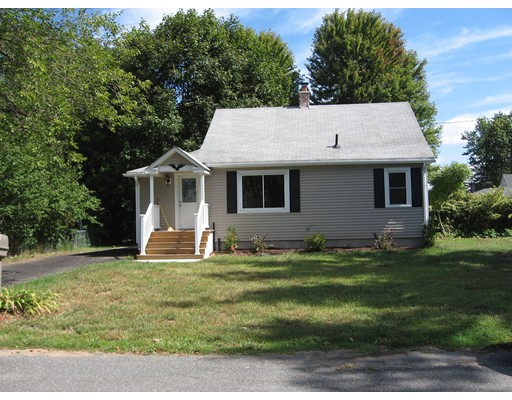 17  Sterling St,  Chicopee, MA