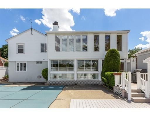 Casa Multifamiliar por un Venta en 73 Elsie Street Everett, Massachusetts 02149 Estados Unidos
