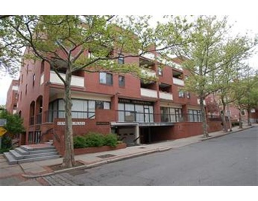 Townhome / Condominium for Rent at 20 Central Street Salem, Massachusetts 01970 United States