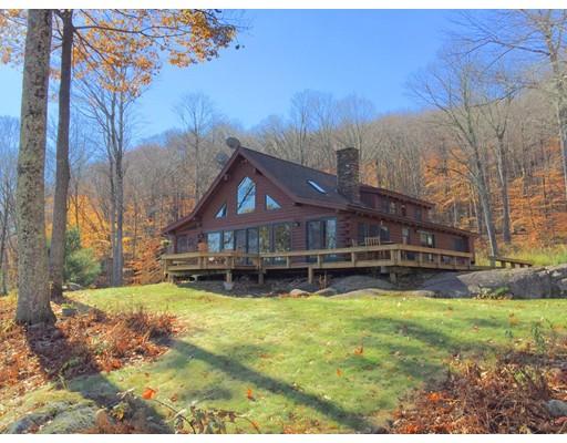 واحد منزل الأسرة للـ Sale في 26 Mccarty Road Tyringham, Massachusetts 01264 United States