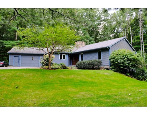 Single Family Home for Sale at 440 Sabin Street Woodstock, Connecticut 06281 United States