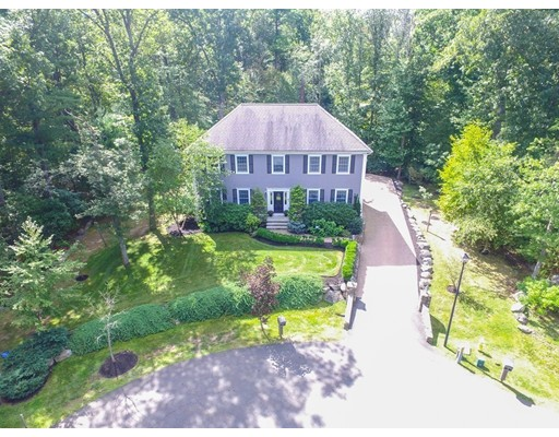 Single Family Home for Sale at 4 Brook Circle Danvers, Massachusetts 01923 United States