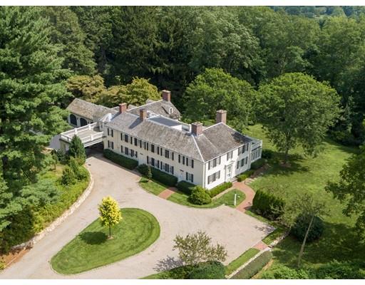 Maison unifamiliale pour l Vente à 100 Orchard Avenue 100 Orchard Avenue Weston, Massachusetts 02493 États-Unis