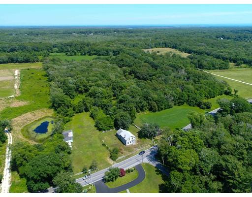 独户住宅 为 销售 在 406 Horseneck Road 406 Horseneck Road Westport, 马萨诸塞州 02790 美国