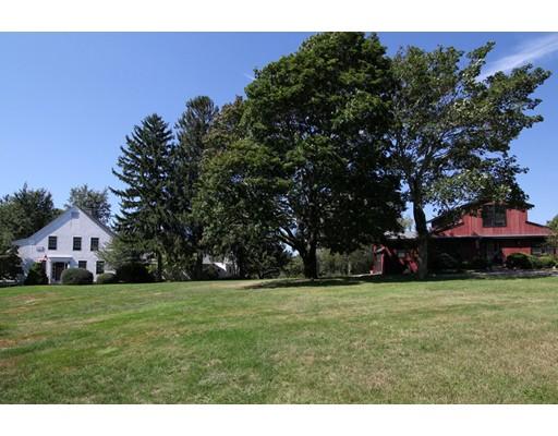 متعددة للعائلات الرئيسية للـ Sale في 387 Boxberry Hill Road Falmouth, Massachusetts 02536 United States